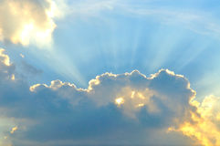 Cloudscape с sunray Стоковое Изображение