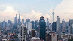 Cloudscape-Zeitspanne an den Kuala Lumpur-Stadtskylinen stock video footage
