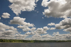 Cloudy sky over lake Royalty Free Stock Image