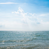 Cloudy sky over sea Royalty Free Stock Photos