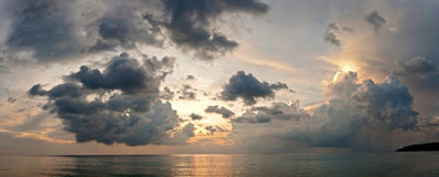 Cloudy sunset. And seascape. Dramatic sky Royalty Free Stock Image