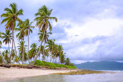 Cloudy weather on the tropical coast Royalty Free Stock Photography