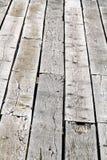 Clous rouill?s et panneaux en bois augment?s de decking images libres de droits