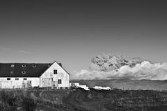 Clouse da exploração agrícola a volcan imagens de stock royalty free