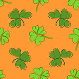 Clover seamless pattern. Clover pattern with three and four leaf Stock Image