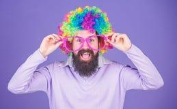 Clown en circus Partijpret Geniet van gek zijnd Voel vrij om uit te drukken Het hebben van pret Vakantiepret en Carnaval royalty-vrije stock afbeeldingen