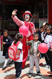 Clown et enfants Photos libres de droits