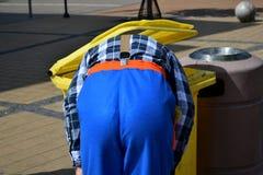 Clown im Behälter Stockfotografie
