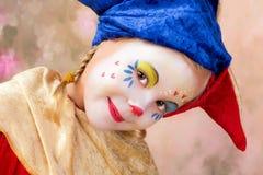 Clown med flätade trådar fotografering för bildbyråer