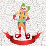 Clown som jonglerar det färgrika leka kortet Fotografering för Bildbyråer