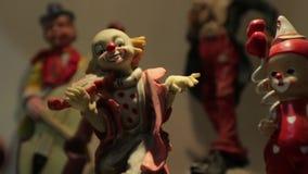 Clown Violin Figurine banque de vidéos