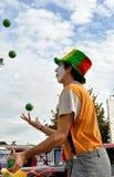 Clownstraßenkünstler in Italien Stockbild