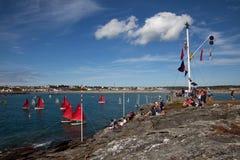 Club de la navegación de la bahía de Trearddur imagen de archivo