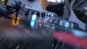 Club de noche de la música de DJ metrajes