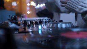Club de noche de la música de DJ almacen de video