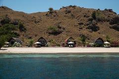Club de plongée de camping sur l'île de Sebayor, Indonésie Photo libre de droits