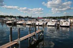 Club del canotaje en el lago Minnetonka, Minnesota imagenes de archivo