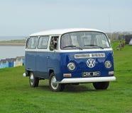 Club di visita d'annata di Volkswagen costiero immagini stock libere da diritti