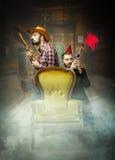 Clubber och cowboy i en salongduell Fotografering för Bildbyråer