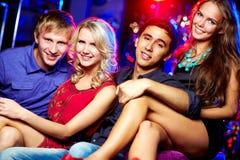 Clubbers jovenes Imágenes de archivo libres de regalías