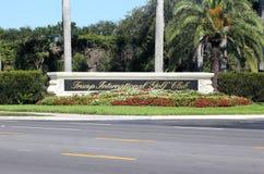 Clube de golfe internacional do trunfo Fotografia de Stock Royalty Free
