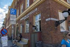 Clube do café no canto de Potsdam imagens de stock royalty free