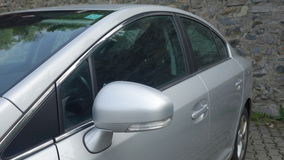 Cluj Napoca/Румыния 9-ое мая 2017: Исполнительная власть седана Тойота Avensis - год 2010, оборудование подтяжки лица, серебряное Стоковая Фотография RF