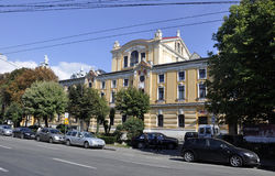 Cluj-Napoca RO, 24 September: Nationaal Theater Lucian Blaga in cluj-Napoca van het gebied van Transsylvanië in Roemenië Royalty-vrije Stock Foto's