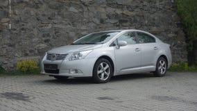 Cluj Napoca/Roemenië-mag 9, 2017: De de Sedanuitvoerende macht van Toyota Avensis - het jaar 2010, Faceliftmateriaal, verzilvert  Royalty-vrije Stock Foto's