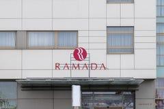 CLUJ-NAPOCA, ROUMANIE - 24 MARS 2018 : Hôtel de Ramada possédé par Wyndham Worldwide à Cluj-Napoca, Roumanie photos libres de droits