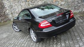 Cluj Napoca/Rumänien-April 7, 2017: Mercedes Benz W209 kupé - år 2005, elegansutrustning, 19 tum hjul, profilsikt Fotografering för Bildbyråer