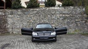 Cluj Napoca/Rumänien-April 7, 2017: Mercedes Benz W209 kupé - året 2005, elegansutrustning, rullar den 19 tum legeringen, lammdör Royaltyfri Bild