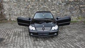 Cluj Napoca/Rumänien-April 7, 2017: Mercedes Benz W209 kupé - året 2005, elegansutrustning, rullar den 19 tum legeringen, lammdör Royaltyfri Foto