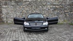 Cluj Napoca/Rumänien-April 7, 2017: Mercedes Benz W209 kupé - året 2005, elegansutrustning, rullar den 19 tum legeringen, lammdör Arkivbilder