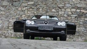 Cluj Napoca/Rumänien-April 7, 2017: Mercedes Benz W209 kupé - året 2005, elegansutrustning, rullar den 19 tum legeringen, lammdör Royaltyfri Fotografi