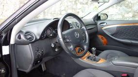 Cluj Napoca/Rumänien - September 19, 2016: Mercedes Benz W209- år 2005, elegansutrustning, svart metallisk målarfärg, fotoperiod  Arkivbilder