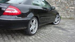Cluj Napoca/Rumania 7 de abril de 2017: Cupé de Mercedes Benz W209 - año 2005, equipo de la elegancia, ruedas de 19 pulgadas, opi Foto de archivo libre de regalías