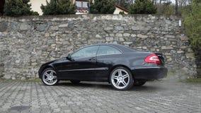 Cluj Napoca/Rumania 7 de abril de 2017: Cupé de Mercedes Benz W209 - año 2005, equipo de la elegancia, ruedas de 19 pulgadas, opi Fotos de archivo libres de regalías