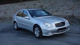Cluj Napoca/Rumania 31 de marzo de 2017: Mercedes Benz W203 - año 2005, equipo de la vanguardia, pintura metálica de plata Imágenes de archivo libres de regalías