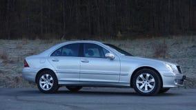Cluj Napoca/Rumania 31 de marzo de 2017: Mercedes Benz W203 - año 2005, equipo de la vanguardia, pintura metálica de plata Fotos de archivo libres de regalías