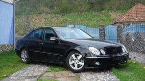 Cluj Napoca, Rumunia, Maj/- 01, 2017: Mercedez Benz W211 - rok 2004, Avantgarde wyposażenie, dwoisty sunroof glazurował junakowan Obraz Royalty Free