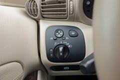Cluj Napoca, Rumunia, Marzec/- 01, 2018: Mercedez Benz C klasa, deska rozdzielcza widok, podeszczowa czujnik dźwignia, rejs kontr Obrazy Royalty Free