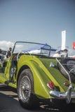 cluj, Rumunia Morgan samochodu Klasyczna Retro strona i tylny widok - 24 Klausenburg Września 2016 Retro Ścigać się - Zdjęcie Royalty Free