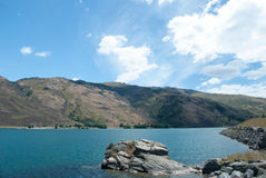 Clutha河,克莱德,南岛,新西兰风景看法  免版税库存图片