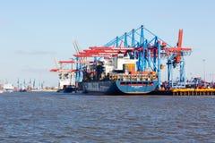CMA CGM zbiornika statek w porcie Hamburg Obraz Stock