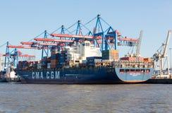 CMA CGM zbiornika statek w porcie Hamburg Zdjęcia Stock