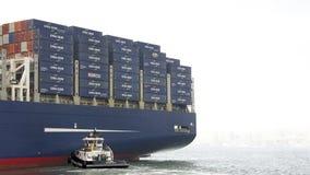 CMA CMG BENJAMIN FRANKLIN odjeżdża port Oakland zdjęcia stock