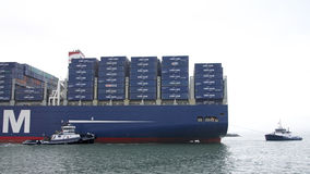 CMA CMG BENJAMIN FRANKLIN que parte o porto de Oakland imagens de stock royalty free