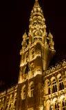 Câmara municipal, Grand Place, Bruxelas: a torre Foto de Stock Royalty Free