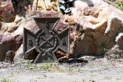 Cmentarniany Headstone przy sawanny Gruzja historycznym cmentarzem obrazy royalty free